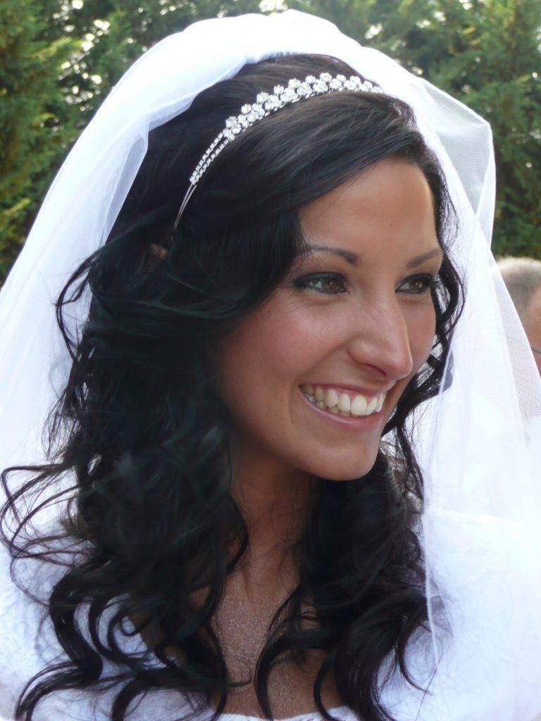Laura-bride